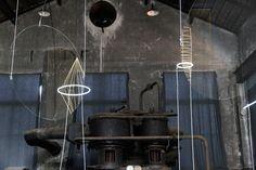studio glithero_luminaries_designboom_007 reflection/ glass/ light/ installation