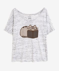Reading Pusheen ladies relaxed tee in White Marble