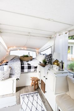 30 Creative Picture of Pop Up Camper Makeover Ideas On A Budget. The very first step was supposed to empty the camper. If you want to get this fantastic camper, there's fantastic news. More than a few people are rel.