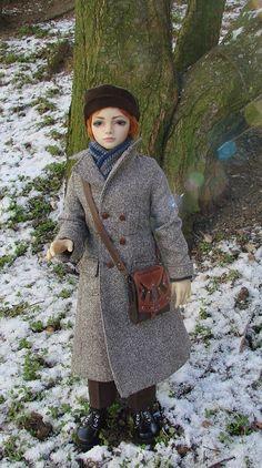 Naikan's winter coat and steampunk bag