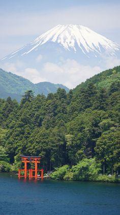 富士山 芦ノ湖 箱根 神奈川県 Mount Fuji and Lake Ashinoko, Hakone, Kanagawa, Japan