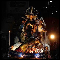 La alegría de tener una Madre llena de bondad. Que ilumine tu día Cucurucho. #meditacion #CucuruchoEnGuatemala  Foto: Inmaculada Concepción de San Antonio el Teocinte
