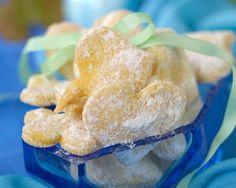 Šlehačkové cukroví Snack Recipes, Snacks, Christmas Cookies, Doughnut, Cereal, Chips, Chicken, Meat, Breakfast
