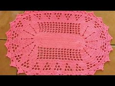Crochet Mandala, Crochet Top, Tapete Pink, Crochet Videos, Home Decor Bedroom, Origami, Crochet Patterns, Outdoor Blanket, Blog