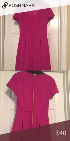 Banana Republic dress size 0 Beautiful magenta color. Gold zip back. V neck. A line. Comes from a smoke free home.  Never worn. Tags attached. Banana Republic Dresses Midi
