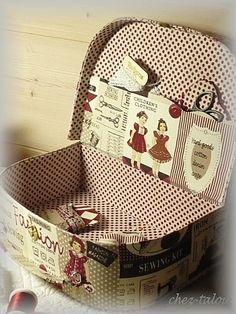 Cartonnage - trousse cartonnée - boite cartonnée. - valisette pour… - mon ange - calendrier - BIENVENUE CHEZ TALOU