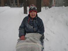 Läpi tuulen ja tuiskun...ihanaa lunta!
