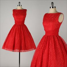 vintage 1950s dress . red lace . chiffon shirred waist . full skirt . 4478