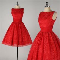 vintage 1950s dress . red lace . chiffon shirred waist . full skirt . 4478