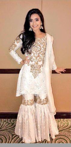 Discover recipes, home ideas, style inspiration and other ideas to try. Pakistani Wedding Outfits, Bridal Outfits, Pakistani Dresses, Indian Dresses, Indian Outfits, Pakistani Garara, Designer Bridal Lehenga, Indian Bridal Lehenga, Indian Designer Outfits