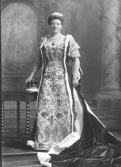 Susan (Margaret), Duchess of Somerset (d. 1936), née Mackinnon.  copyright V&A