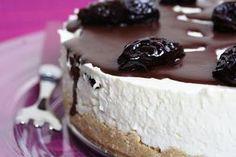 Samy's Bistro: Aszalt szilvás sajttorta Cheesecakes, Deserts, Food Porn, Food And Drink, Dessert Recipes, Pudding, Sweets, Snacks, Meals