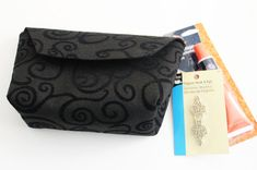 Use fancy felt and a simple clasp to make a quick felt clutch in less than 15 minutes, using just a few simple supplies. Felt Clutch, Evening Bags, Super Easy, Fancy, Purses, Crafts, Tutorials, Ideas, Wallets