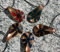 """GOLDSTAUB"" von Menara d'oro auf DaWanda.com Etsy, Neck Chain, Handmade, Nice Asses"