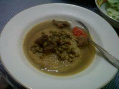 Gulai Kacang hijau w/ Roti Maryam