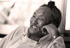 """Impermanência Por Chagdud Rinpoche - no livro """"Portões da Prática Budista"""" Leia mais sobre algumas formas da meditação budista. Acesse nossas páginas no facebook: budismo engajado e budismo petrópo..."""