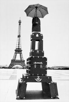 Tower Vuitton (tower of beautiful LV trunks)