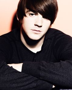 Drake Bell- I was in love with him when I was younger. ;lol