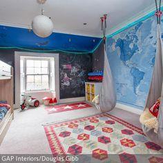 Great Maritimes Kinderzimmer mit Weltkarte