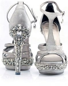 Liv's shoes for the wedding? Different top part
