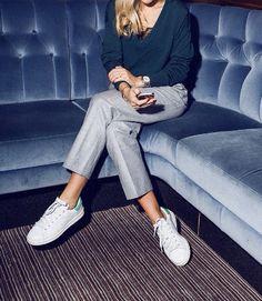 Kostymbyxor + sneakers = sant