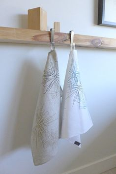Hand printed with seelkscreen's original design! Dimensions: x White linen with marine and royal blue prints. Tea Towels, Etsy, La Perla Lingerie, Tableware, Unique Jewelry, Hands, Dish Towels, Flour Sack Towels