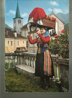 FolkCostume&Embroidery: Costume and embroidery of Fobello and Val Mastallone, Valsesia, Piedmont, Italy
