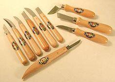 Ten Knives.jpg (48920 bytes)