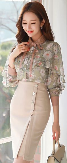 Minty floral half-sleeve sheer blouse, peachy smile, large-buttoned sheath skirt, pearl earrings