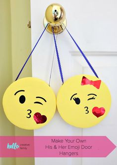 His And Her DIY Emoji Door Hangers Know a kid that is obsessed with emojis? These his and her kissy face DIY emoji door hangers are SO CUTE! A fun and easy kids craft project that would Craft Projects For Kids, Easy Crafts For Kids, Creative Crafts, Creative Kids, Craft Work, Modge Podge Projects, Emoji Craft, Face Diy, Kissy Face