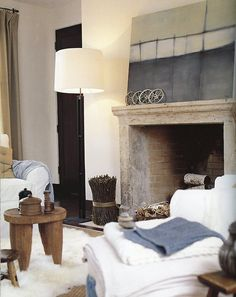 Pottery Barn living rooms Nice colour for fire place. Barn Living, Home And Living, Bertoia, Cozy Basement, Contemporary Interior, Living Room Interior, Living Spaces, Living Rooms, Interiores Design