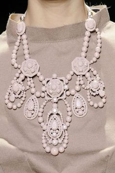 See all the Details photos from Lanvin Spring/Summer 2009 Ready-To-Wear now on British Vogue Mode Chic, Mode Style, Lanvin, Chanel, Fashion Necklace, Fashion Jewelry, Pamela, Bib Necklaces, Pearl Necklace