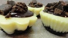 Mint Cookie Mini Cheesecakes Using Girl Scout Thin Mint Cookies