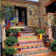 Hacienda Tiled Staircase-great way to add a little funk to plain on boring stairs Spanish Style Homes, Spanish House, Spanish Patio, Spanish Revival, Mexican Style Homes, Spanish Style Interiors, Mexican Style Decor, Spanish Courtyard, Tiled Staircase