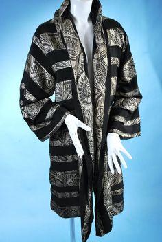 d63323a7294 Antique 1920 Art Deco period elegant silver lame and silk evening coat