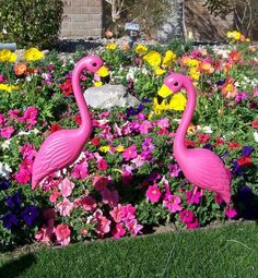 Pink Flamingo Novelty Yard Lawn Art Garden Ornaments (1-Pack of 2)