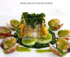 Merluza en salsa verde con almejas