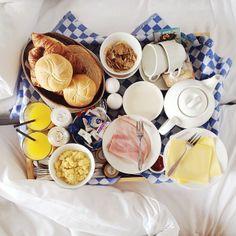 Breakfast in bed Hotel New York Rotterdam. Photo: @Winny Pepping