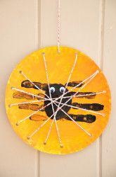 Kindergarten Halloween Activities: Spider (I absolutely LOVE this website. ~Nicki)