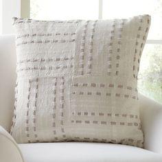 Toya Pillow
