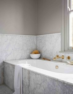 Classic marble bathroom surround with inset bath #hellopeagreenspots #bathroom #interiors #marble