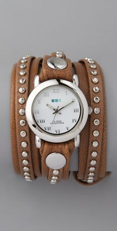 i usually dont like watches... but this i would wear.