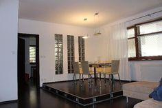 onúkame na prenájom NOVOSTAVBA 3i byt v Bratislave na Mikulašskej ul. Staré mesto, 95m2, p.1/3 s výťahom. Byt sa prenajíma zariadený, k dispozícií aj pivnica a garážové státie. Byt je čerstvo vymaľovaný, sam. kotol, v kuchyni zabudované všetky elektrospotrebiče, nový TV led. Výhľad do dvora, tichý, voľný ihneď. Výborná občianska vybavenosť. Cena: 850,-€/mes. + energie 150,-€/mes.