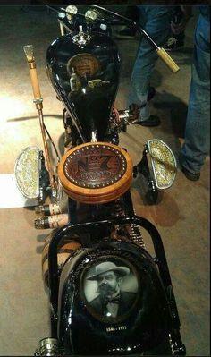 Wow!!!                      One BadAss Bike              .(* Jack Daniels *)
