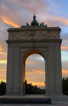 Este es Arco del Triunfo en Madrid