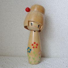 Flower girl WAICH Kokeshi wooden doll 7nch