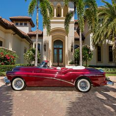 PALM BEACH AUCTION PREVIEW: This wonderfully restored 1953 Buick Skylark convertible is one of 1,690 50th Anniversary Edition convertibles. Custom-ordered for Admiral William J. Crowe of Norfolk, VA. Powered by a 322ci V8 engine and automatic transmission.