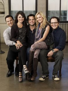 life unexpected: WHY DID THIS SHOW ONLY HAVE 2 SEASONS :'(