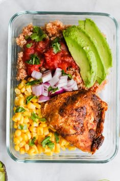 Healthy Meals Southwest Chicken Meal Prep Bowls - These Southwest Chicken Meal Prep Bowls are the very best way to kick off Full of healthy fat, carbs and protein - this is not your average boring desk lunch! Lunch Meal Prep, Meal Prep Bowls, Healthy Meal Prep, Fitness Meal Prep, Healthy Cooking, Lunch Recipes, Diet Recipes, Healthy Recipes, Soup Recipes