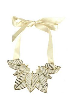 #Romwe Cream Leaves Necklace